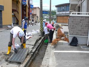東日本大震災からの復興にボラティアの力が大きな役割を果たしました。